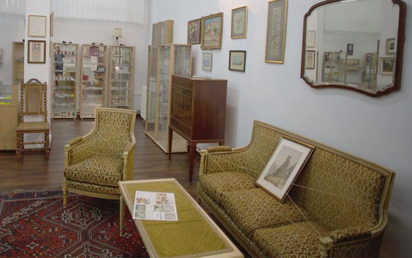 Mobilier muzeu