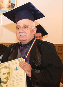 Prof. univ. dr. Mircea Duțu